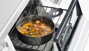 魚焼きグリルを使って手軽にココット料理